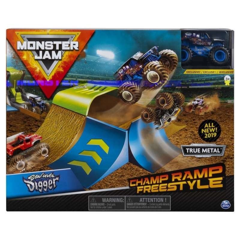 MONSTER  JAM  PLAYSET...